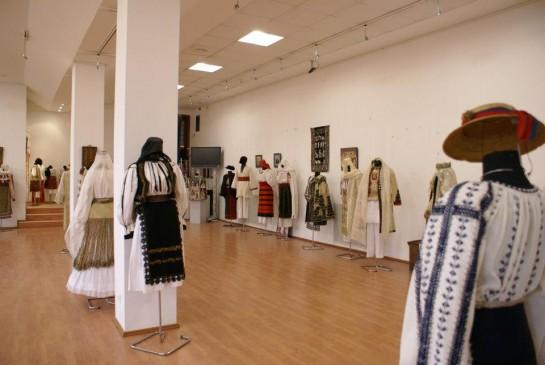 Muzeul Costumelor Populare din Romania